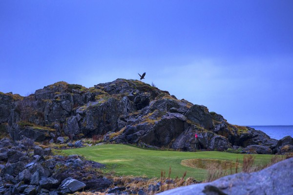 Lofoten Links, Hole 2
