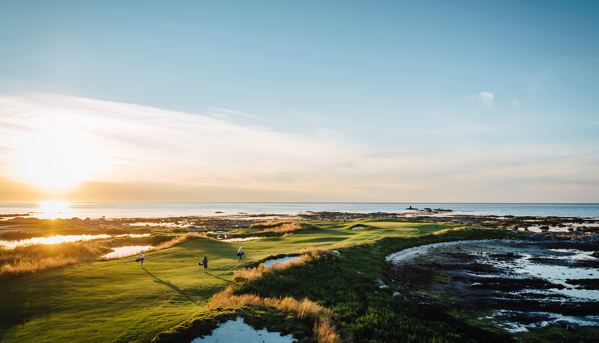 #GolfNonStopLofoten – Play golf under the Midnight Sun!